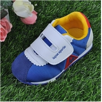 Canvas Children's Flat Heel First Walkers Fashion Sneakers with Magic Tape Shoes
