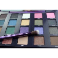 Professional 20 Color Eye Shadow Eyeshadow Makeup Palette New