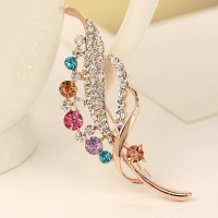 Lady Elegant Charming High-grade Rhinestone Crystal Leaf Brooches Pins 18K Gold Plated Alloy Jewelry Brooches Accessories for Prom
