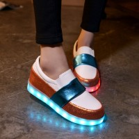 2016 Woman Fashion Light Shoes Casual Sneakers Colorful Luminous Fluorescent LED Shoes Couple Models Flat Shoes for Woman