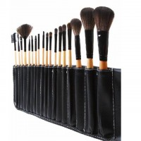 Stock Clearance 18Pcs Print Logo Makeup Brushes Professional Cosmetic Make Up Brush Set The Best Quality