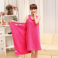 Microfiber bath skirt with shoulder-straps