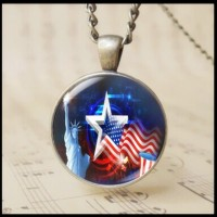 12pcs USA Statue of Liberty Pattern Necklace Cabochon Glass American Flag Jewelry Torch Pattern Glass Photo Chain Necklace Patriotic Souvenir The Fourth of July Gift T1018