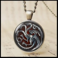 12pcs Fashion 3D Cabochon Glass Targaryen Fire and Blood Pendant Necklace The Game of Thrones Chain Necklace Red Fire Dragon Crest Bage Charm Jewelry T1020