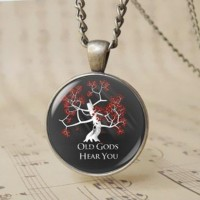 12pcs Vintage House Sigil Badge Game of Thrones Tree Necklace Old Gods Hear You Sacred Tree of Life Glass Dome Altered Art Pendant T1024