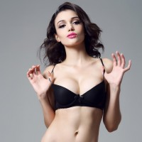 Europe and the United States on the thin thick gathering chest bra button to adjust the small bra bra with black bra