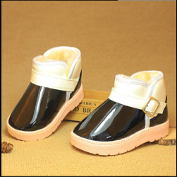 Cheap price high quality winter new cotton shoes Warm and comfortable to help boots for girls or boys
